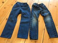 2 pairs of jeans 3-4 yrs