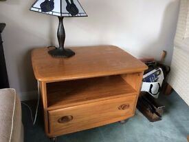 Ercol TV cabinet from the windsor range, in very good condition