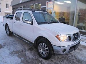 2011 Nissan Frontier SL 4X4 QUAD CAB PICKUP  sunroof loaded