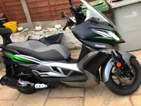 AS NEW KAWASAKI J300 SPECIAL ADDITION ABS SCOOTER NEW TYRES AND BACKREST AUTO BEUTIFUL BIKE.