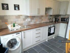 2 bedroom flat in Whitecrook Street, Clydebank, G81 (2 bed) (#1138407)