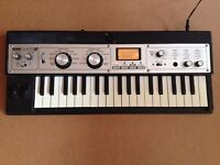 Korg Microkorg XL synthesizer vocoder keyboard