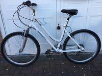 Giant Sedona dx ladies bike