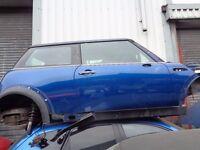 BREAKING --- BMW Mini One Driver Side ( RH ) Door Complete ----2001