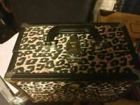 Makeup etc soho vanity case