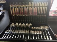 12 person cutlery set (75pcs) INCLUDES WOOD STORAGE CASE