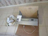 Integrated Cooker Hood / Extractor Fan
