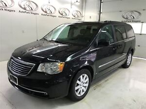 2016 Chrysler Town & Country Touring / BACK UP CAMERA / POWER DO