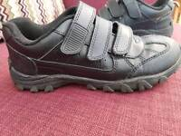 Boys school shoes size 5 almost new