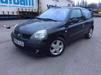 2005 - Renault clio 1.2 petrol - full service history - 3 former keepers - hpi clear