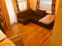Big double room with garden no any bills close to white city underground