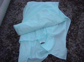 Dunelm Single Box pleat Valance in Turquoise/Mint. VGC. £3. Torquay.