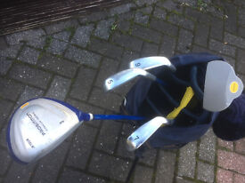 Left Handed Junior Golf clubs and Bag