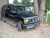 1993 safari 7 passenger van $1300 obo