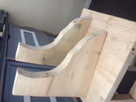 Handmade shelf with pine cut edges