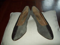 Vintage black and grey suede shoes with detailed criss cross at back of heel size 5/6