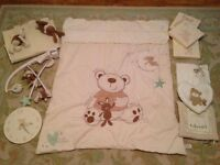 Toys r Us / Babies r Us I Love My Bear cot bedding and bedroom set