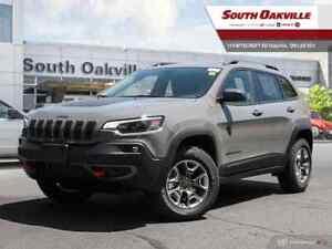 2019 Jeep New Cherokee Trailhawk|BLIND SPOT|DUAL SROOF|HTD LTHR|