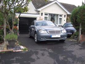 Mercedes C class. 220CDI. Estate Elegance. 5 speed auto. Lush car.