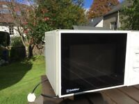 Microwave - Gold Star 700 watt