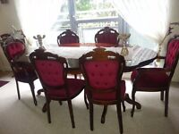 beautiful italian dining table and 6 chairs. excellent condition.