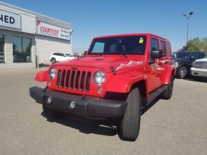 2015 Jeep WRANGLER UNLIMITED Sahara | Navigation | Heated Seats