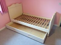 Sweetheart Girls Single Bed complete with sleepover truckle