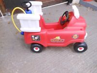 little tikes spray and rescue fire truck with a pressurised water tank. 18mths - 5 years. excellent