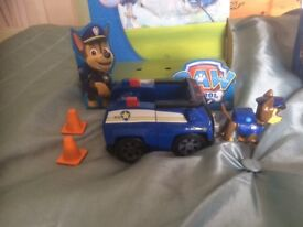 Paw patrol figures and