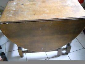 Antique Drop Leaf Oval Dining Table OAK