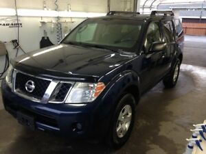 2008 Nissan Pathfinder SE**7 PASSAGERS**