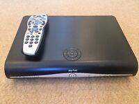 Sky +HD set-top box   500GB   built in Wi-Fi   Like new