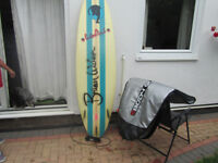 SURF BOARD, GREAT BOARD, SIZE LENGTH 210CM... WIDTH 60CM,.ONLY SELLING BECAUSE OF MOVING HOUSE,...M,