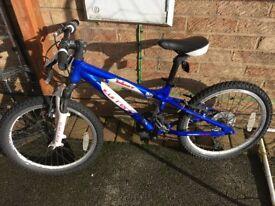 """Kids Bike approx 18"""" wheels"""