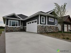 $819,000 - Bungalow for sale in Stony Plain