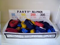 FASTYPACK,BOX OF 40 NEW REUSABLE STRAPS £20