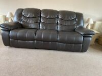 Leather reclining lounge suite