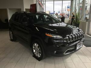 2015 Jeep Cherokee LIMITED 66K AWD LOADED w/NAV