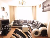 2 DOUBLE BEDROOM flat, excellent location in PUTNEY close to High Street!! Perfect for 2 sharers!!