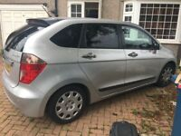Honda FR-V / 6 seater/ 6 gear /Second owner / 2.2 d / any inspection welcome full-service history