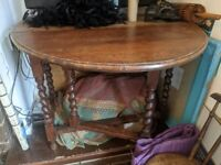 antique table from 19th century english drop-leaf sides with 2 matching chairs