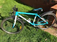 "Frog 73 Hybrid Lightweight Kids Bike Black 26"" Wheels WILL POST"