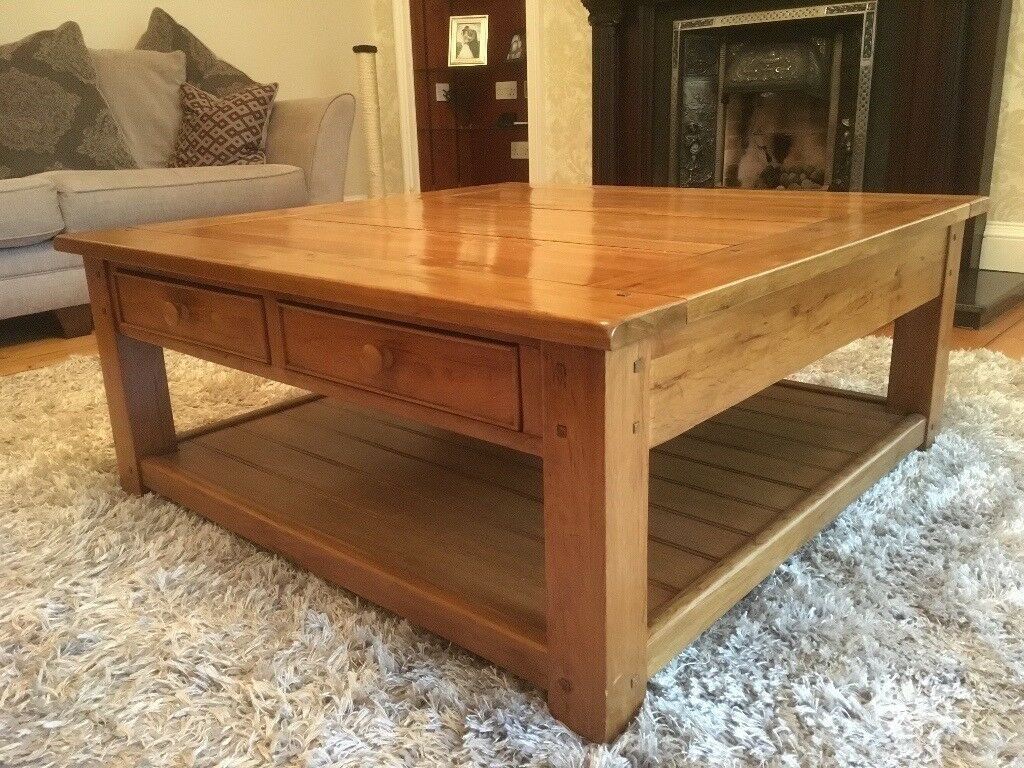 4 Drawer Solid Oak Square Wentworth Coffee Table In East End