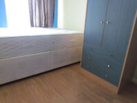 FANTASTIC SMALL DOUBLE ROOM FOR RENT ONLY NO DEPOSIT
