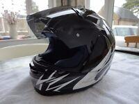 Arai Viper GT motorcycle helmet. Size medium (57-58cm)