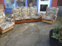Splendid Rare Vintage Retro 1970s Teak Saddle Back G Plan 3 Piece Suite 3 Seater Sofa & 2 Armchairs