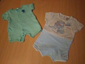 Short sleeve Short suit x 2 - Size 0-3 months