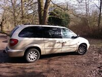 Chrysler Grand Voyager 2.5 CRD limited 2002, gold for sell