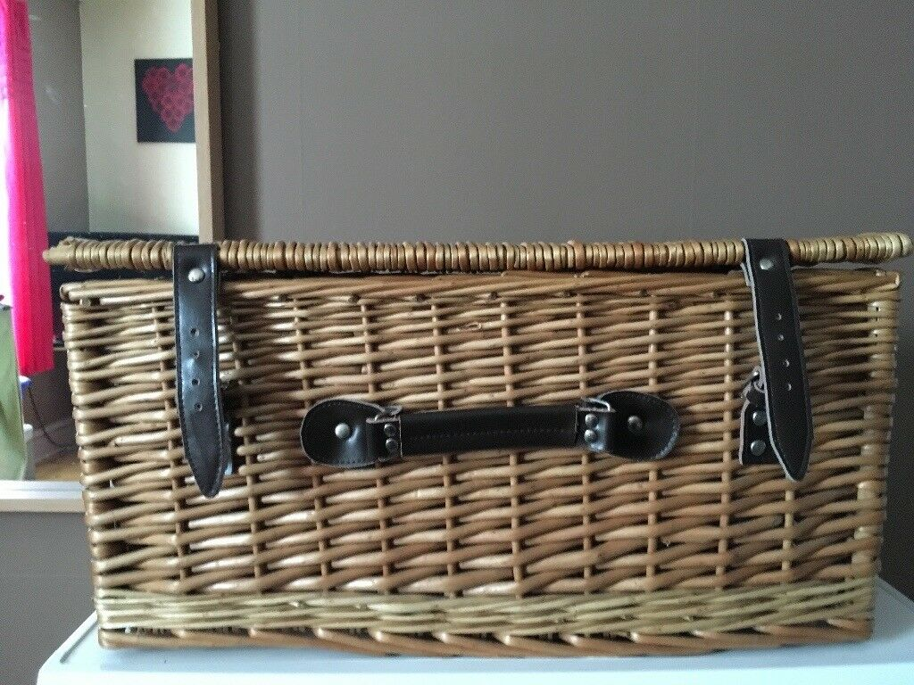 Storage/picnic basket