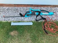 Electric gardena highcut 48 telescopic hedge trimmer .. Torquay ...